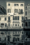 Casa Venetian, Itália preto e branco Fotografia de Stock