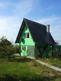 Casa verde della campagna Fotografia Stock Libera da Diritti