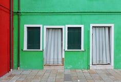 Casa verde della facciata Fotografia Stock Libera da Diritti