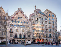 Casa (verlaten) Amatller en Casa Batllo in Barcelona stock foto