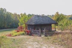 Casa vieja de campesinos en el museo ucrania fotografía de archivo libre de regalías