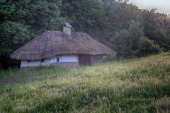 Casa vieja de los campesinos en el museo ucrania fotografía de archivo libre de regalías