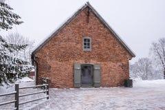 Casa vieja del ladrillo en Europa del norte Turaida, Sigulda, Letonia Fotografía de archivo