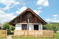 Casa vieja del pueblo Imágenes de archivo libres de regalías