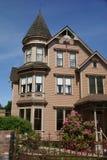 Casa vieja del Victorian, ahora una cama y un desayuno Imágenes de archivo libres de regalías