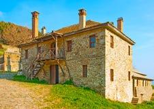 Casa vieja fuera del monasterio de Iviron Imágenes de archivo libres de regalías