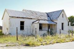 Casa vieja quebrada Foto de archivo libre de regalías