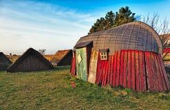Casa vieja tradicional de la edad de Vikingo imagenes de archivo