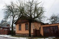 Casa vivente di colore di Brown grande vecchia Immagine Stock Libera da Diritti