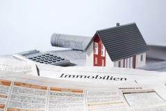 Casa y anuncios de Real Estate Foto de archivo