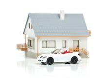 Casa y coche Fotografía de archivo libre de regalías