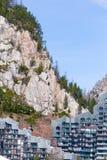 Casa y las rocas Foto de archivo