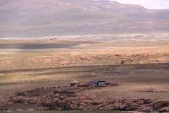 Casa y paisaje de Lesotho Imágenes de archivo libres de regalías