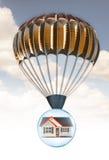 Casa y paracaídas Fotos de archivo libres de regalías