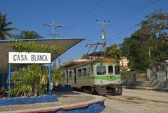 Casablanca järnvägsstation, havannacigarr, Kuba royaltyfri foto