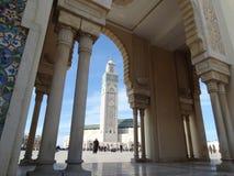 Casablanca, Marokko Moschee Hassan II errichtend stockfotos
