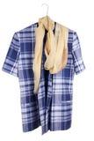Casaco azul retro da mulher checkered idosa Fotos de Stock