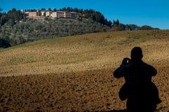 Casaglia, Casaglia, Πίζα, Ιταλία - 16 Νοεμβρίου 2017: Διαδρομή οδοιπορίας σε Casaglia, δήμος Montecatini Val Di Cecina Στοκ Φωτογραφίες