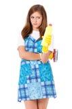 Casalinga con i rifornimenti di pulizia Fotografia Stock