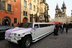 Casamento na praça da cidade velha pitoresca, Praga, República Checa Foto de Stock Royalty Free