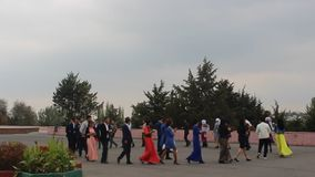 Casandose en Osh, Kirguistán almacen de metraje de vídeo