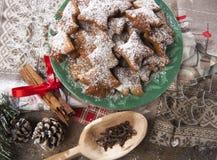 Casarecci di Natale di Biscotti Immagini Stock Libere da Diritti