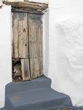 CASARES, ANDALUCIA/SPAIN - 5 MAI : Porte abandonnée à Casares Spai photo stock