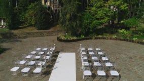 Casarse ceremonia al aire libre almacen de metraje de vídeo
