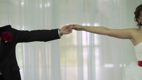 Casarse danza en restaurante almacen de video
