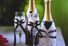 Casarse el champán chispeante foto de archivo