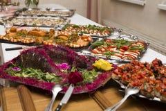 Casarse la comida fría con la comida culinaria de la comida fría de la cocina Fotografía de archivo