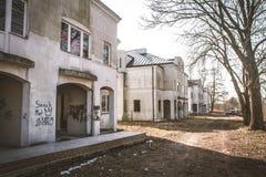 Casas abandonadas imagens de stock