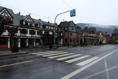 Casas alem?s da vila em Brodenbach fotos de stock