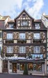 Casas Alsatian tradicionales en invierno Fotografía de archivo