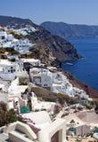 Casas blancas de Santorini en Oia Fotografía de archivo libre de regalías
