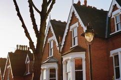 Casas británicas típicas Imagen de archivo libre de regalías