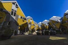 Casas cúbicas em Rotterdam foto de stock