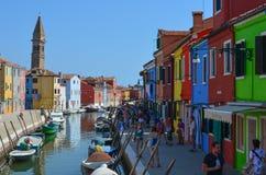 Casas coloreadas en Venecia Italia Fotos de archivo libres de regalías