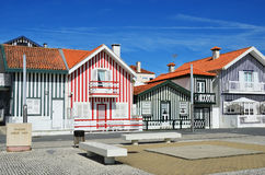 Casas coloreadas rayadas, Costa Nova, Beira Litoral, Portugal, EUR Fotos de archivo