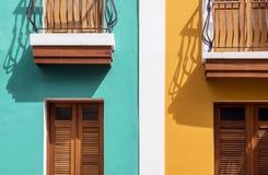 Casas coloridas Fotos de archivo libres de regalías