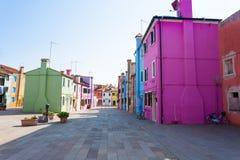 Casas coloridas Burano tradicionais, Veneza Imagens de Stock