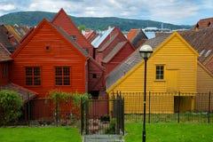 Casas coloridas de Bryggen en Bergen Norway Imagen de archivo libre de regalías