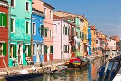 Casas coloridas de Burano fotografia de stock