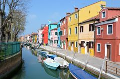 Casas coloridas de Burano Fotos de archivo