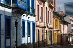 Casas coloridas em Colômbia Fotografia de Stock