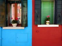 Casas coloridas em Europa imagens de stock