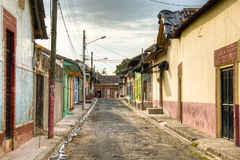 Casas coloridas em Granada central, Nicarágua Fotos de Stock Royalty Free