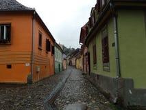 Casas coloridas em uma vila romena Imagem de Stock Royalty Free
