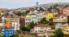 Casas coloridas em Valparaiso, o Chile imagem de stock royalty free