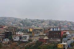 Casas coloridas em Valparaiso, o Chile foto de stock royalty free